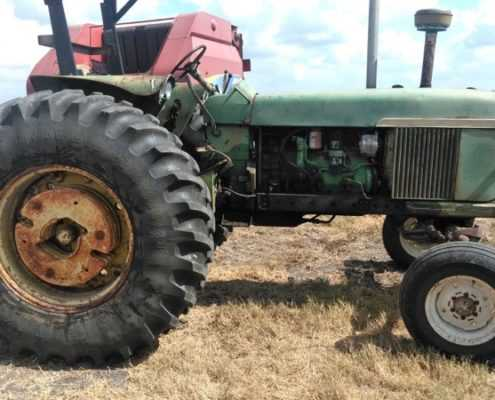 Tractor on the field1